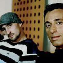 Mustafa Sandal & Gentleman