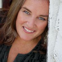 Mae Robertson