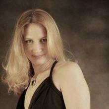 Sonya Lorelle